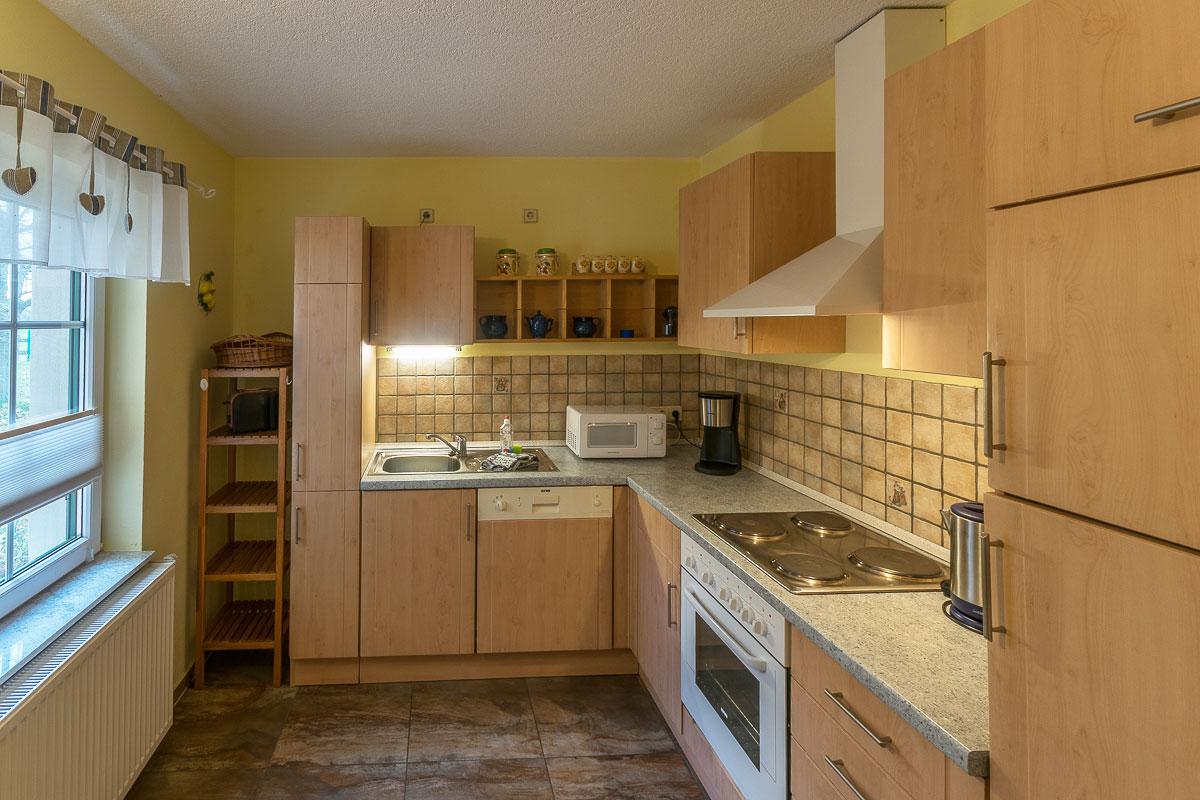 Ferienwohnung Papststein - Küche mit Küchenzeile