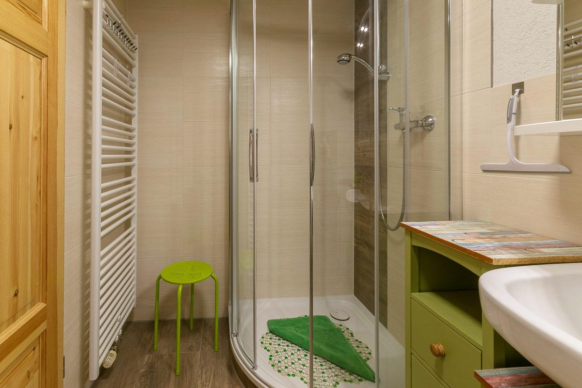 Ferienwohnung Pfaffenstein - Badezimmer mit Dusche