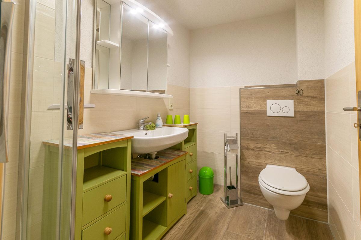 Ferienwohnung Pfaffenstein - Badezimmer mit WC