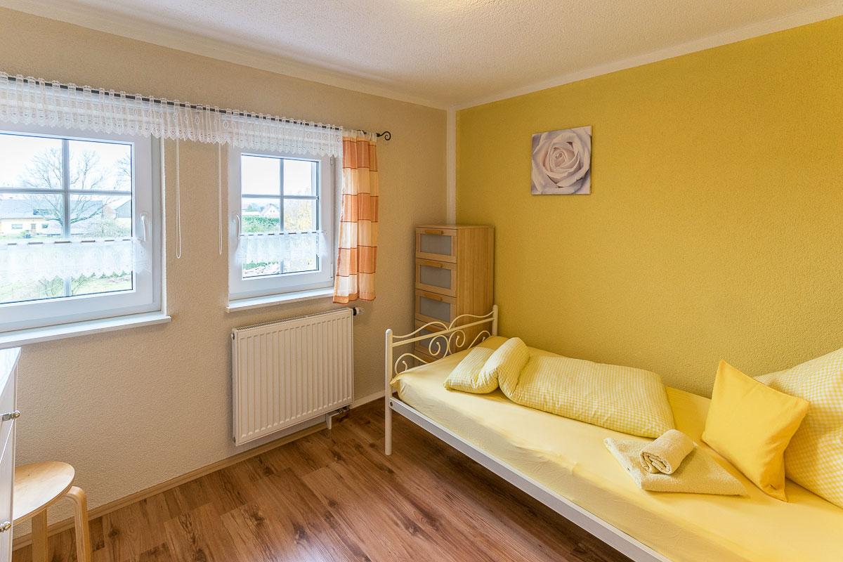Ferienwohnung Pfaffenstein - Schlafzimmer2 mit Einzelbett